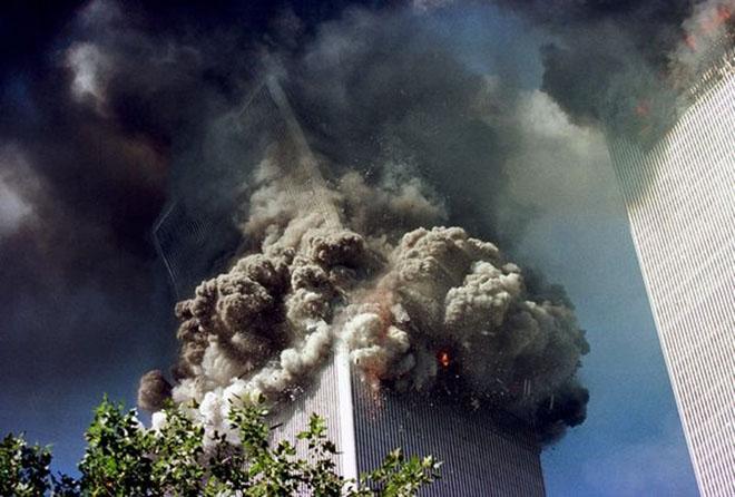 11 settembre 2001: crollo delle Twin Towers
